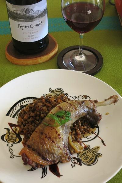 pintade braisée aux lentilles  ホロホロ鳥の蒸し焼き・ピュイのレンズ豆の煮込みを添えて